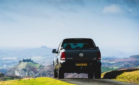 2019 Volkswagen Amarok Black Edition (UK-Spec) Rear Wallpapers 450x275 (21)