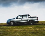 2019 Volkswagen Amarok Black Edition (UK-Spec) Side Wallpapers 150x120 (22)