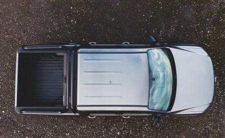 2019 Volkswagen Amarok Black Edition (UK-Spec) Top Wallpapers 450x275 (30)