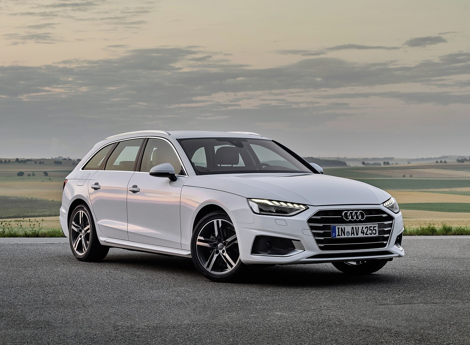 2020 Audi A4 Avant g-tron (Color: Glacier White) Front Three-Quarter Wallpapers (1)