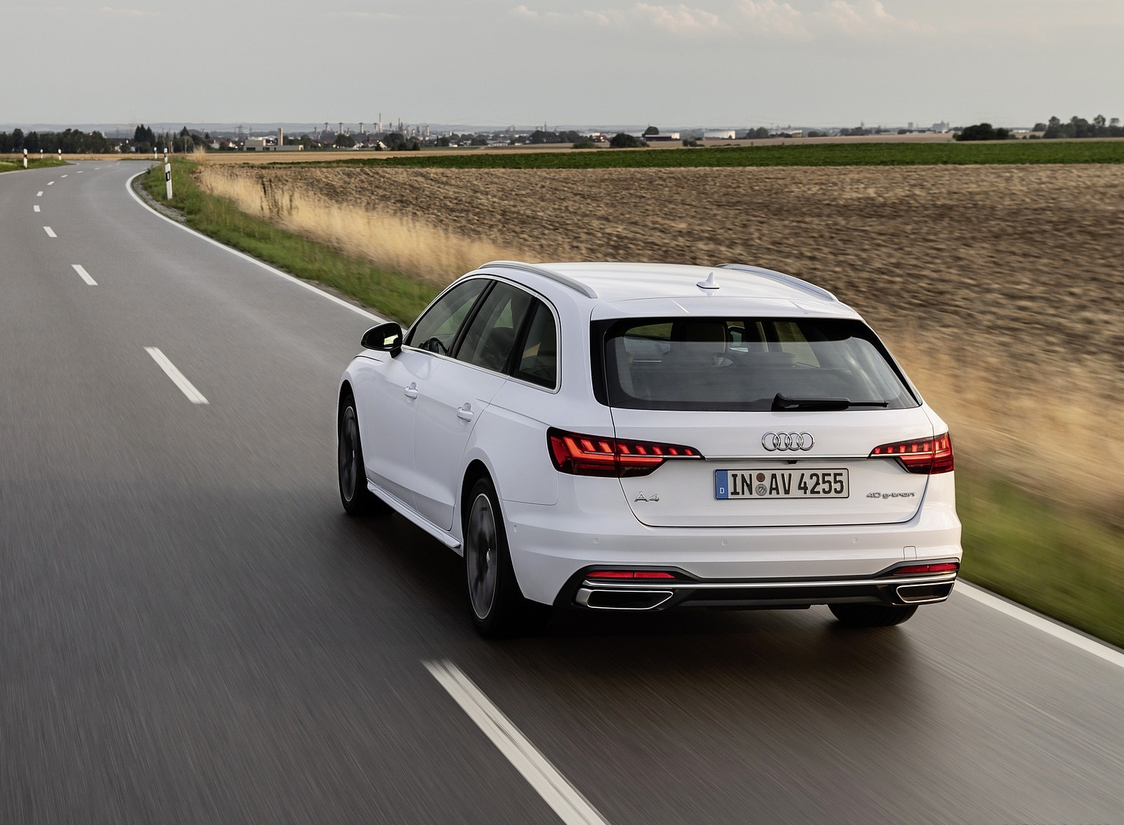 2020 Audi A4 Avant g-tron (Color: Glacier White) Rear Three-Quarter Wallpapers (4)