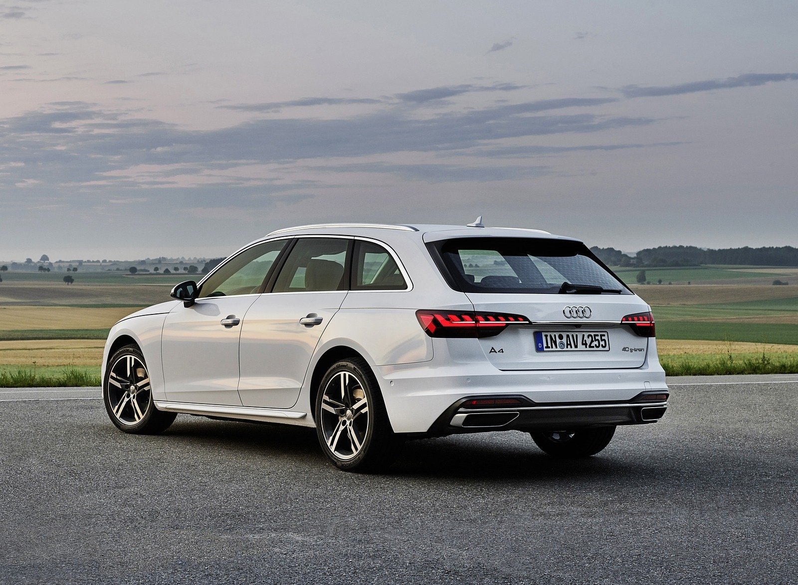 2020 Audi A4 Avant g-tron (Color: Glacier White) Rear Three-Quarter Wallpapers (7)