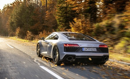 2020 Audi R8 V10 RWD Coupe (Color: Florett Silver) Rear Three-Quarter Wallpapers 450x275 (7)
