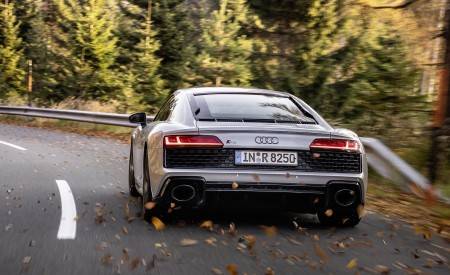 2020 Audi R8 V10 RWD Coupe (Color: Florett Silver) Rear Wallpapers 450x275 (8)