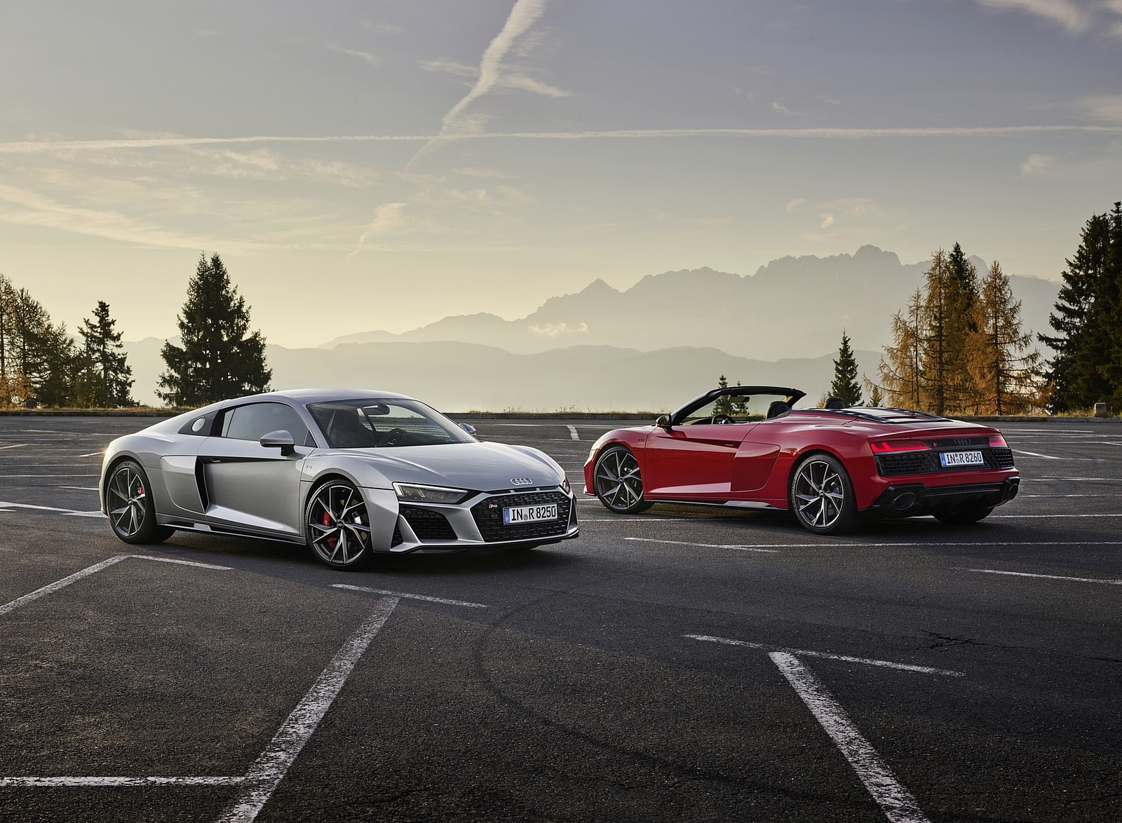 2020 Audi R8 V10 RWD Coupe and Spyder Wallpapers #11 of 32