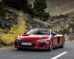 2020 Audi R8 V10 RWD Spyder (Color: Tango Red) Front Three-Quarter Wallpapers 150x120 (1)