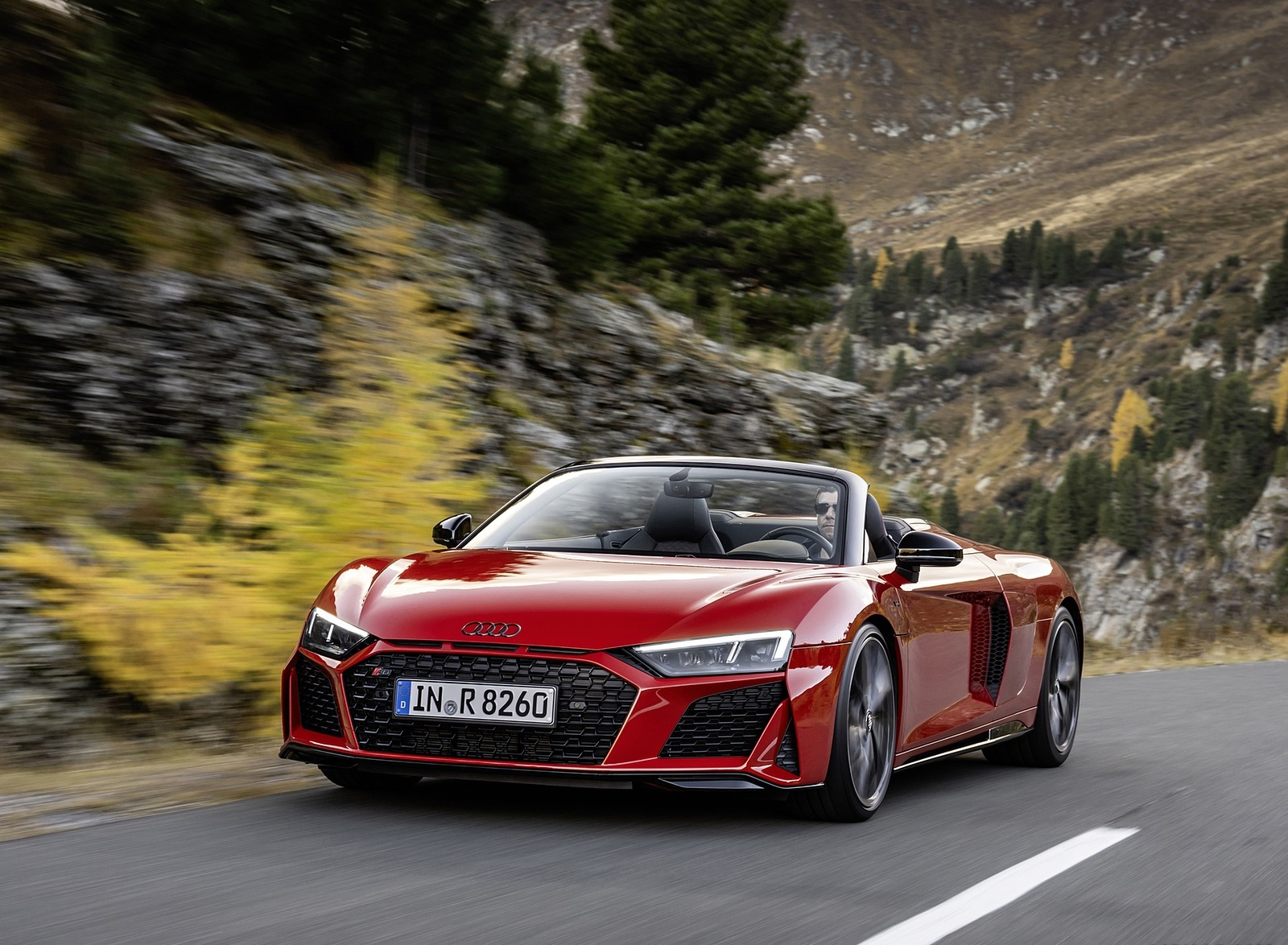 2020 Audi R8 V10 RWD Spyder (Color: Tango Red) Front Three-Quarter Wallpapers (1)