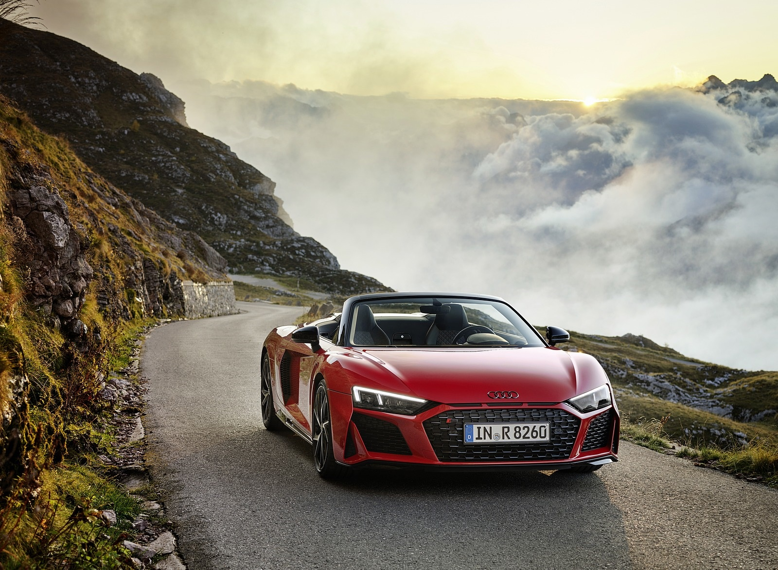 2020 Audi R8 V10 RWD Spyder (Color: Tango Red) Front Wallpapers (7)