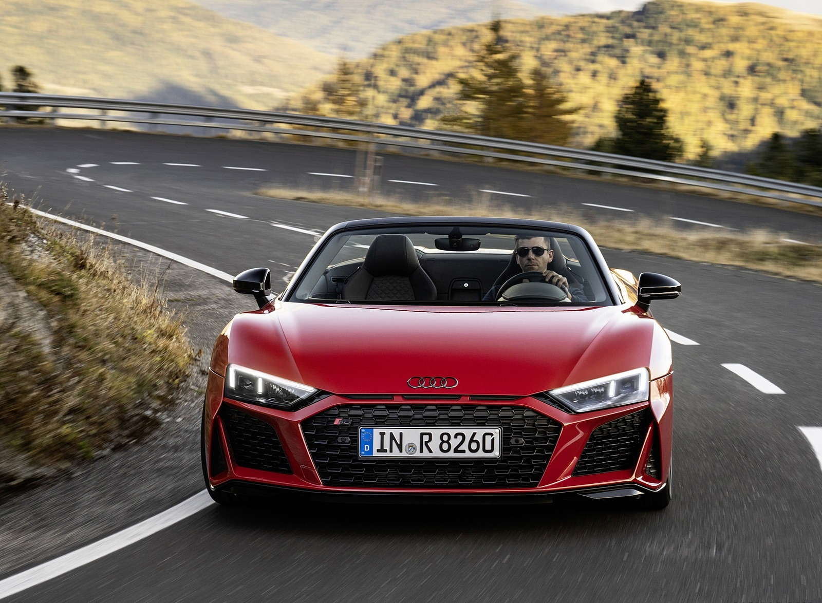 2020 Audi R8 V10 RWD Spyder (Color: Tango Red) Front Wallpapers (3)