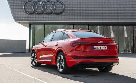 2020 Audi e-tron Sportback (Color: Catalunya Red) Rear Three-Quarter Wallpapers 450x275 (9)