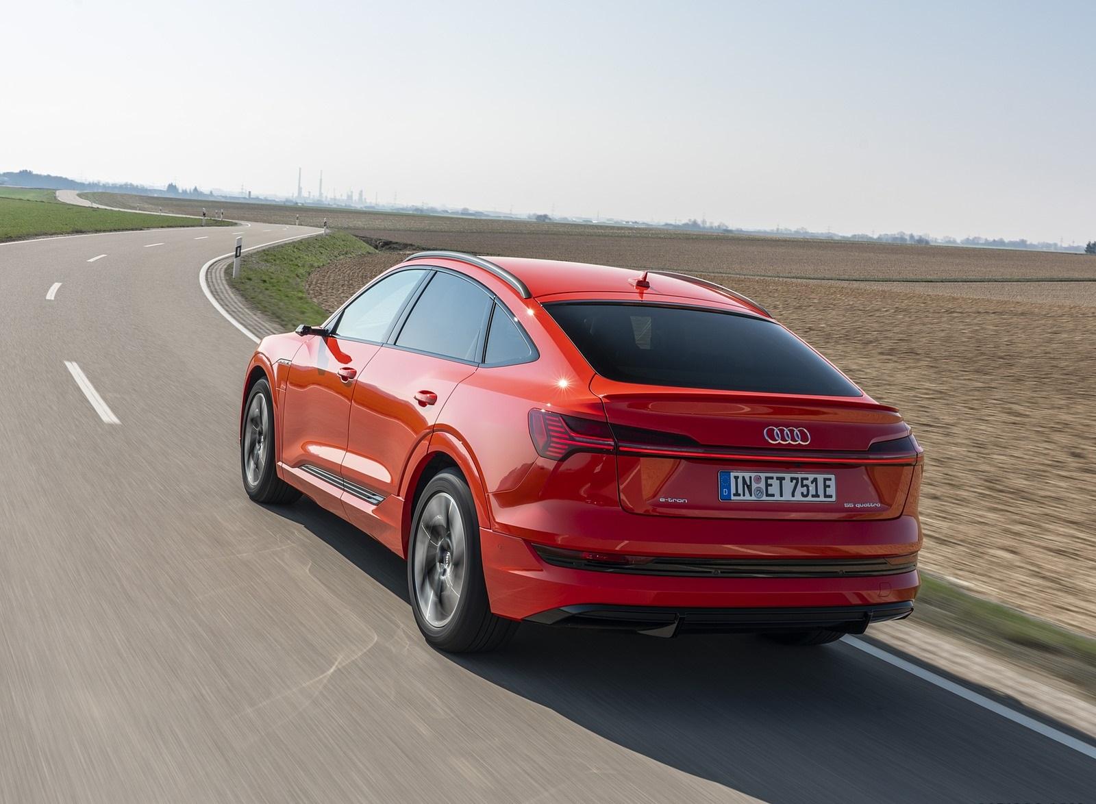 2020 Audi e-tron Sportback (Color: Catalunya Red) Rear Three-Quarter Wallpapers (7)