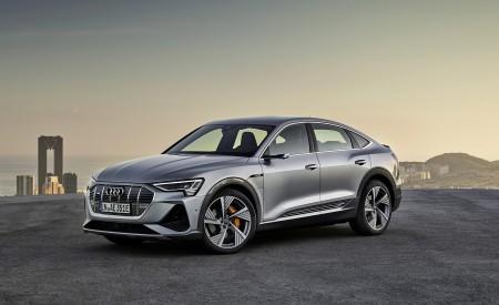 2020 Audi e-tron Sportback (Color: Florett Silver) Front Three-Quarter Wallpapers 450x275 (67)