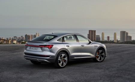 2020 Audi e-tron Sportback (Color: Florett Silver) Rear Three-Quarter Wallpapers 450x275 (72)