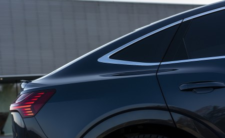 2020 Audi e-tron Sportback (Color: Plasma Blue) Detail Wallpapers 450x275 (30)