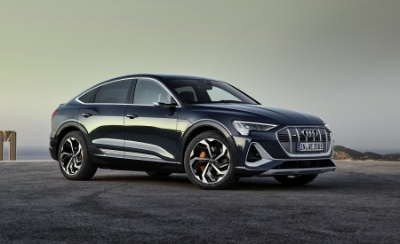2020 Audi e-tron Sportback (Color: Plasma Blue) Front Three-Quarter Wallpapers 450x275 (45)