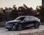 2020 Audi e-tron Sportback (Color: Plasma Blue) Front Three-Quarter Wallpapers 150x120 (43)