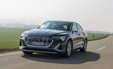 2020 Audi e-tron Sportback (Color: Plasma Blue) Front Three-Quarter Wallpapers 450x275 (16)