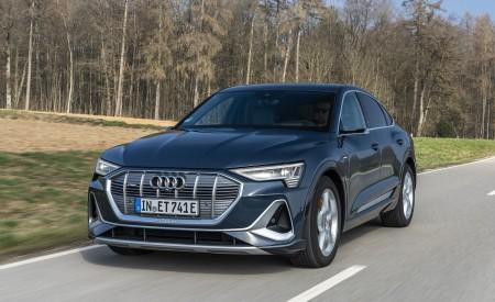 2020 Audi e-tron Sportback (Color: Plasma Blue) Front Wallpapers 450x275 (18)
