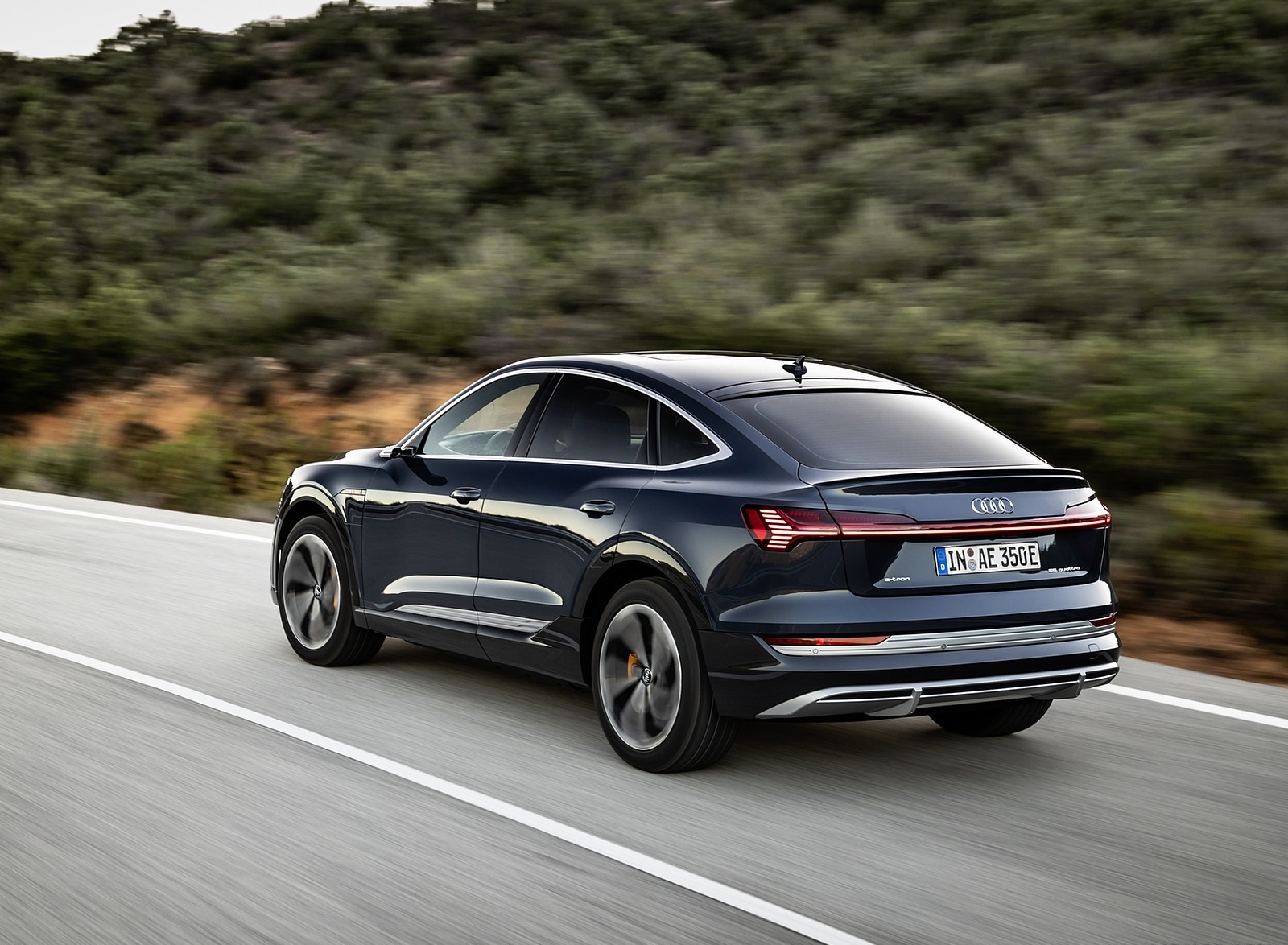 2020 Audi e-tron Sportback (Color: Plasma Blue) Rear Three-Quarter Wallpapers (6)