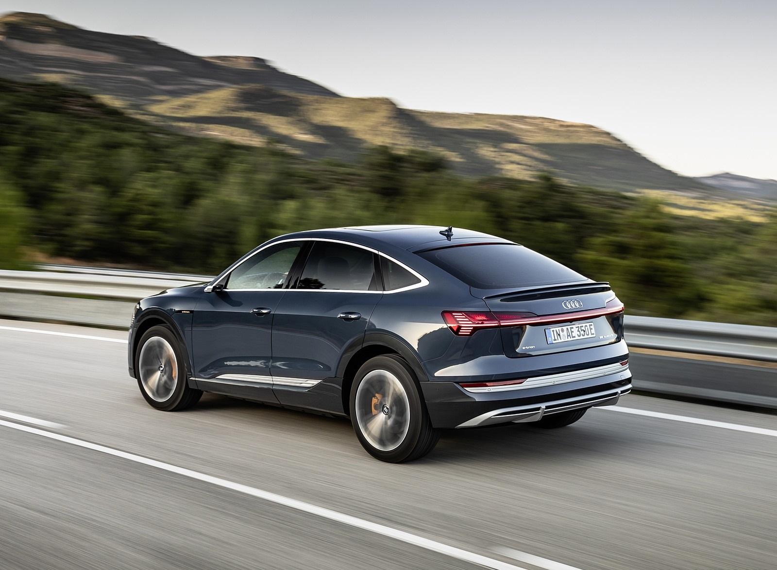 2020 Audi e-tron Sportback (Color: Plasma Blue) Rear Three-Quarter Wallpapers (7)