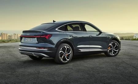 2020 Audi e-tron Sportback (Color: Plasma Blue) Rear Three-Quarter Wallpapers 450x275 (53)
