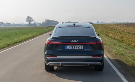 2020 Audi e-tron Sportback (Color: Plasma Blue) Rear Wallpapers 450x275 (21)