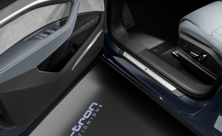 2020 Audi e-tron Sportback Ground Projection Wallpapers 450x275 (85)
