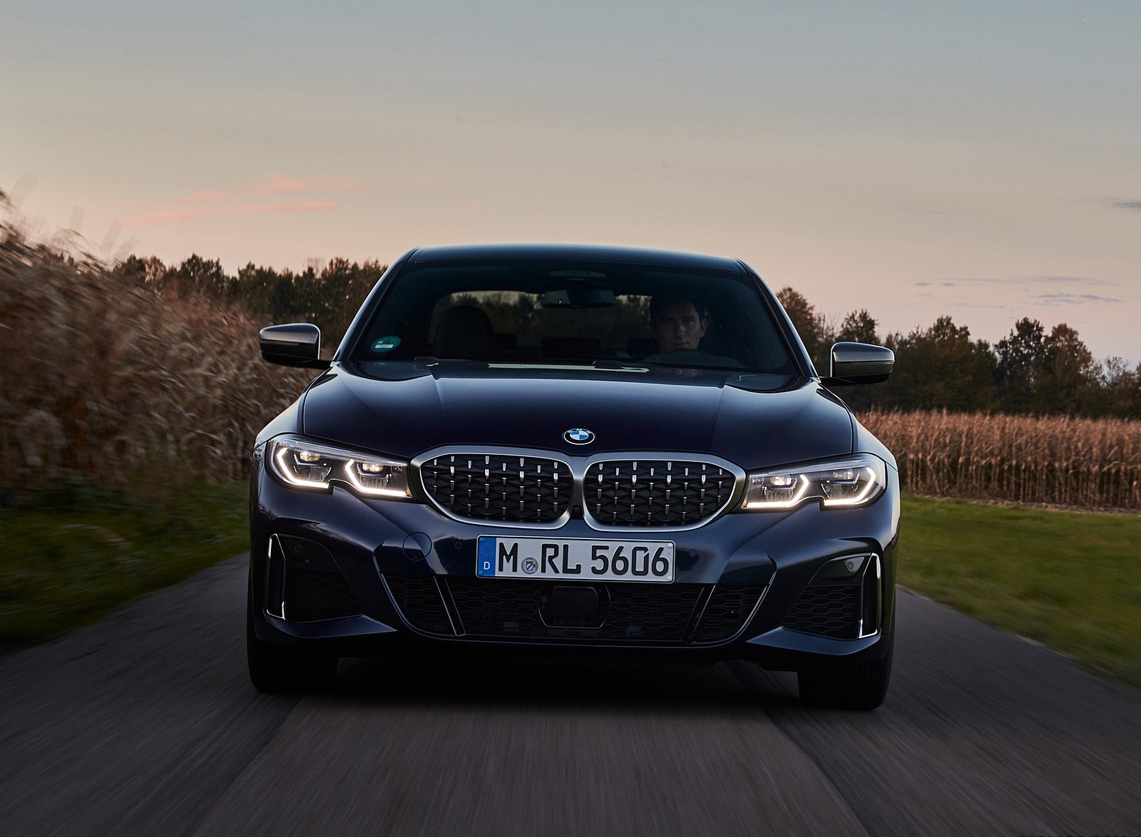 2020 BMW M340i Sedan (Color: Tanzanite Blue Metallic) Front Wallpapers #19 of 74