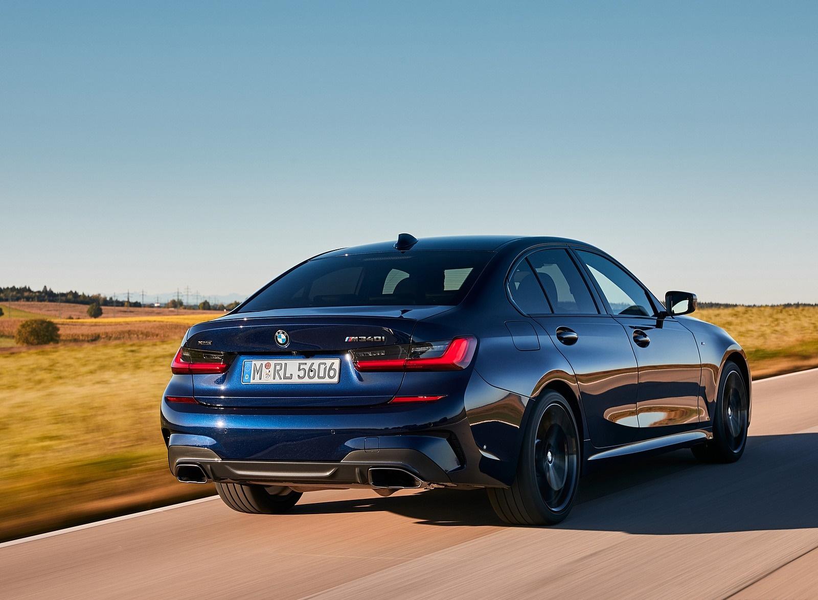 2020 BMW M340i Sedan (Color: Tanzanite Blue Metallic) Rear Three-Quarter Wallpapers (10)