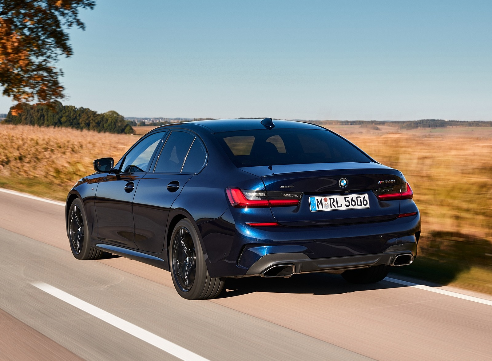 2020 BMW M340i Sedan (Color: Tanzanite Blue Metallic) Rear Three-Quarter Wallpapers #11 of 74