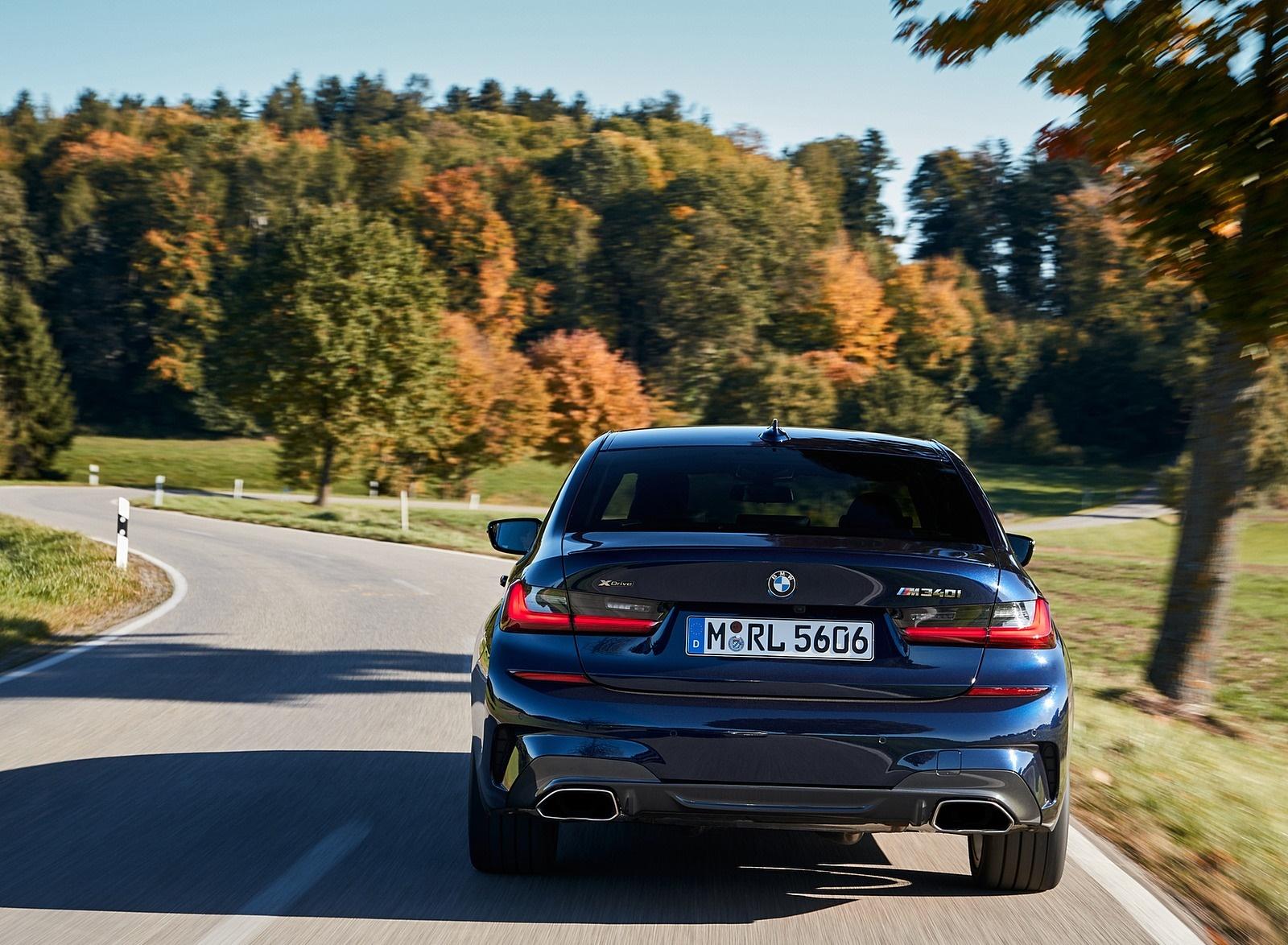 2020 BMW M340i Sedan (Color: Tanzanite Blue Metallic) Rear Wallpapers #22 of 74