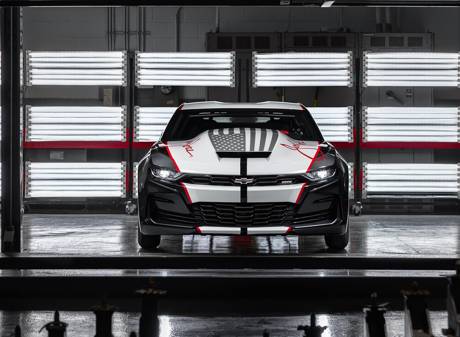 2020 Chevrolet COPO Camaro John Force Edition Front Wallpapers (2)