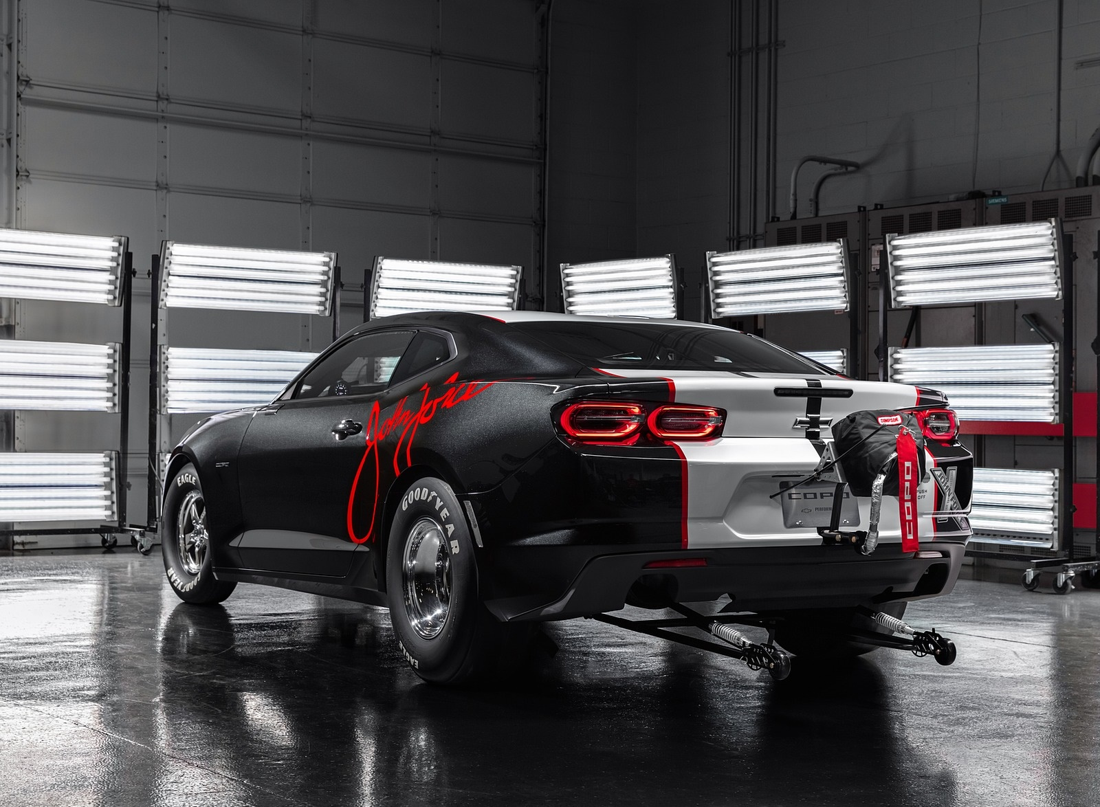 2020 Chevrolet COPO Camaro John Force Edition Rear Three-Quarter Wallpapers (3)