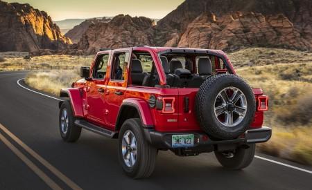 2020 Jeep Wrangler Sahara EcoDiesel Rear Three-Quarter Wallpapers 450x275 (119)