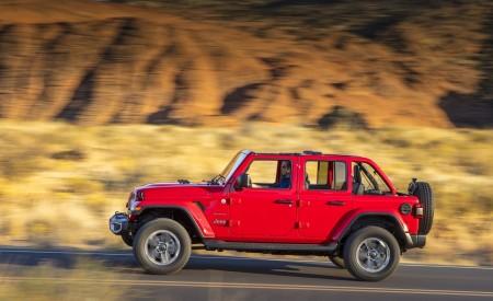 2020 Jeep Wrangler Sahara EcoDiesel Side Wallpapers 450x275 (96)