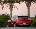 2020 Kia Niro Hybrid Rear Three-Quarter Wallpapers 150x120 (20)