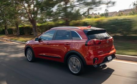 2020 Kia Niro Hybrid Rear Three-Quarter Wallpapers 450x275 (10)
