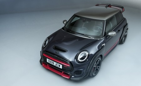 2020 MINI John Cooper Works GP Front Three-Quarter Wallpapers 450x275 (40)
