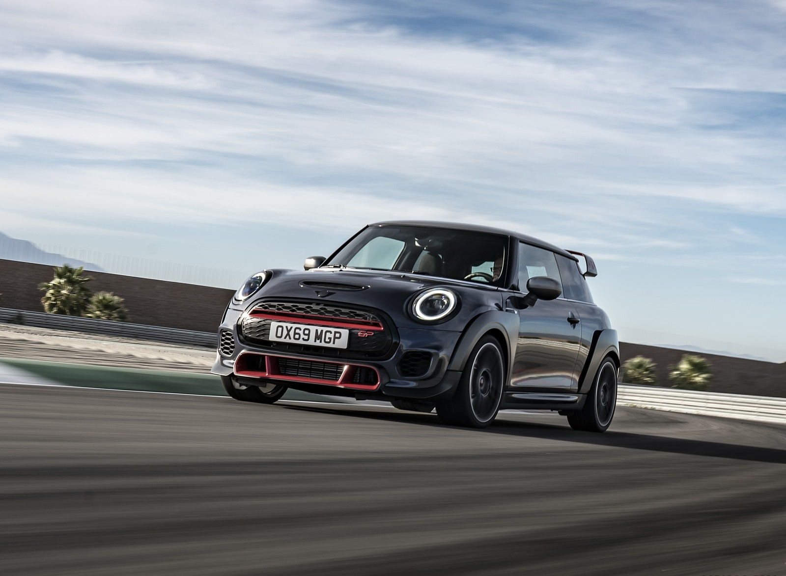 2020 MINI John Cooper Works GP Front Three-Quarter Wallpapers (4)