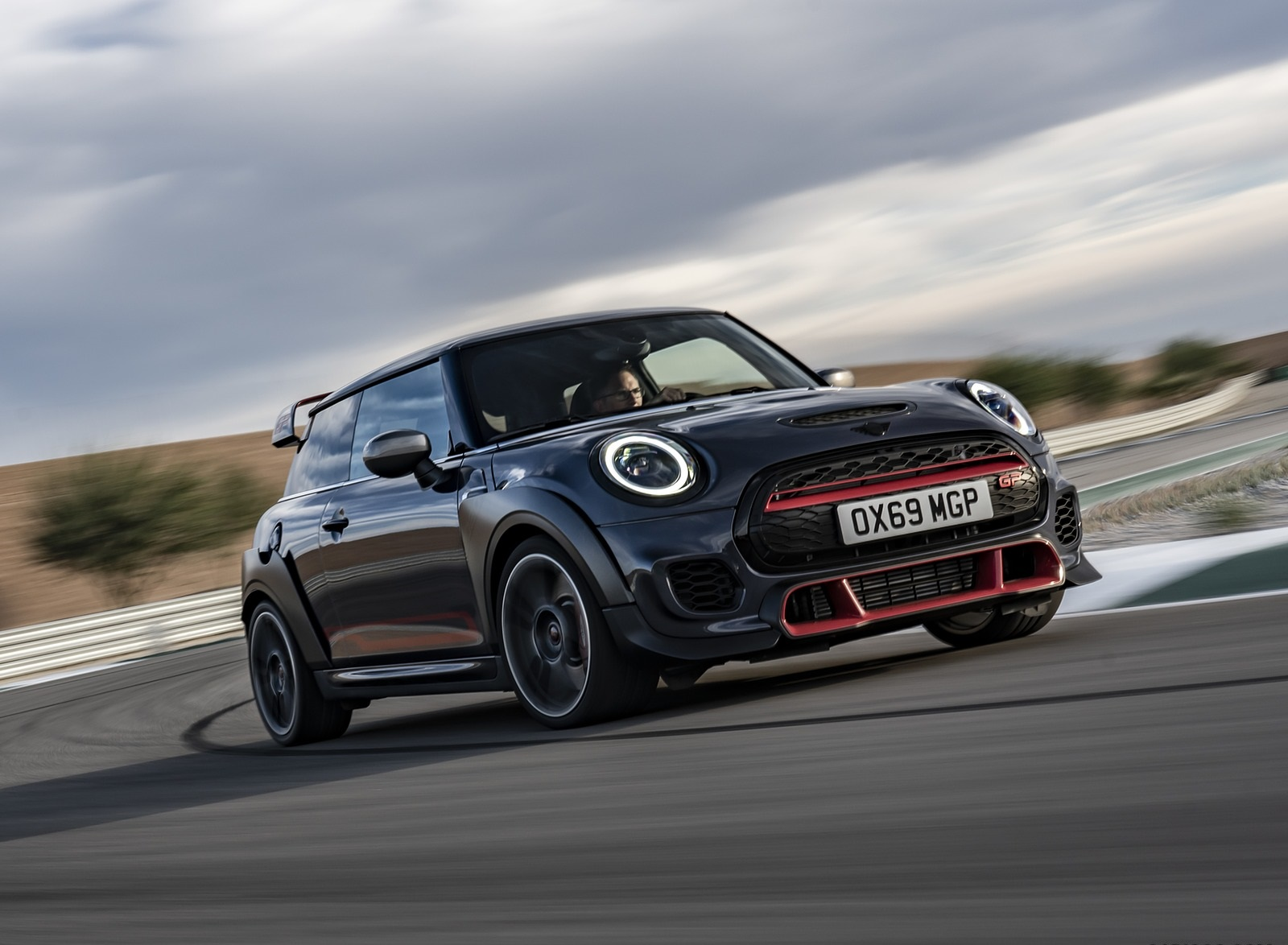 2020 MINI John Cooper Works GP Front Three-Quarter Wallpapers (5)