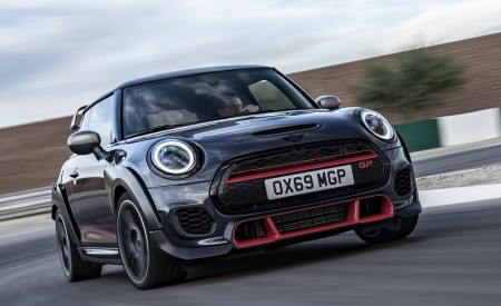 2020 MINI John Cooper Works GP Front Wallpapers 450x275 (9)