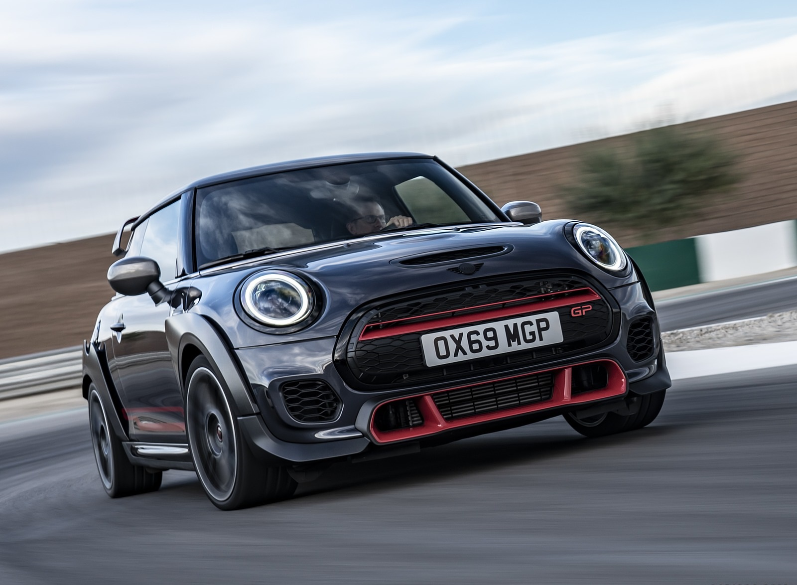 2020 MINI John Cooper Works GP Front Wallpapers (9)