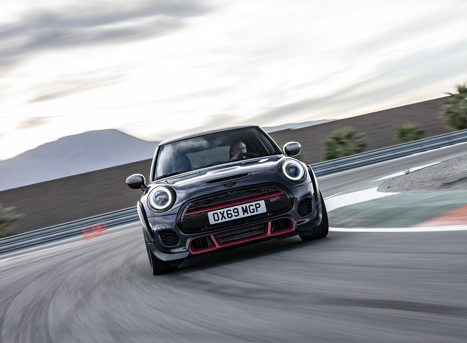 2020 MINI John Cooper Works GP Front Wallpapers (10)