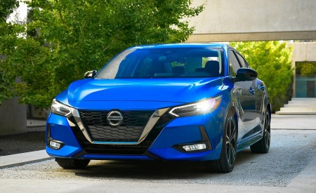 2020 Nissan Sentra Wallpapers HD