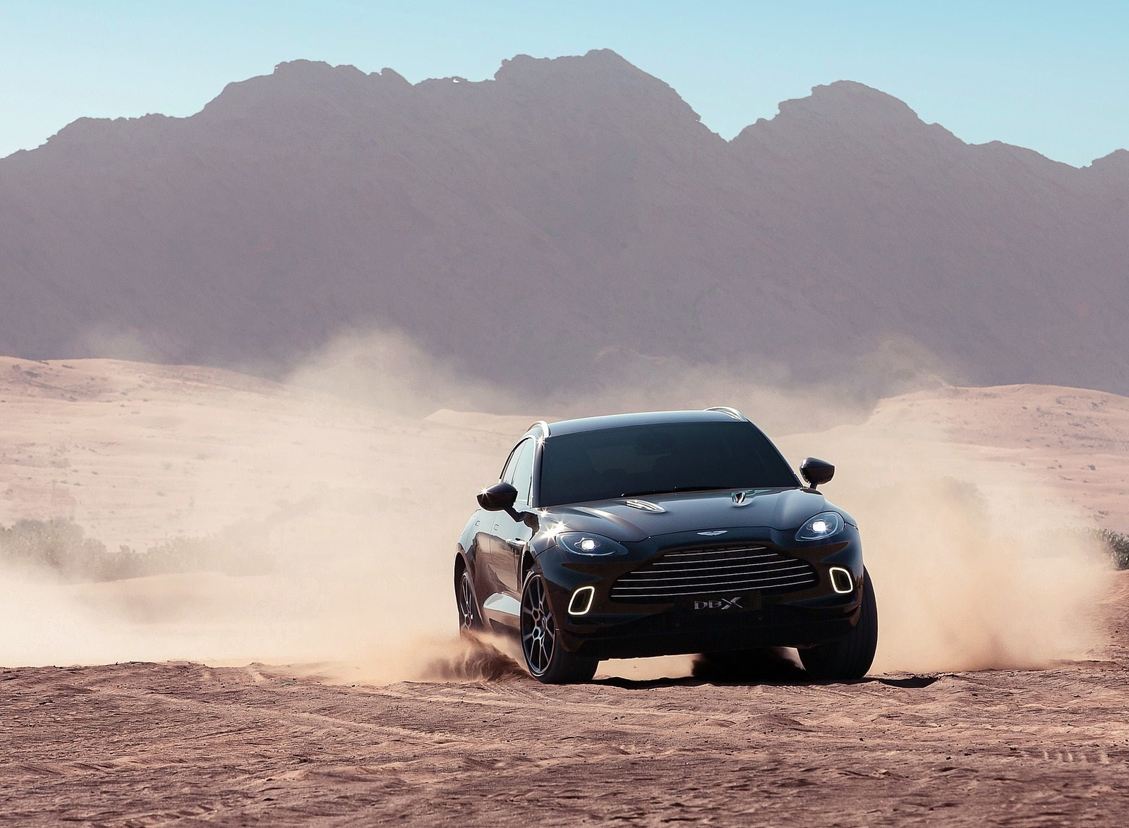 2021 Aston Martin DBX Off-Road Wallpapers (5)