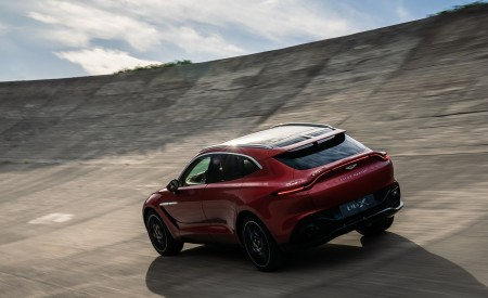 2021 Aston Martin DBX Rear Three-Quarter Wallpapers 450x275 (10)