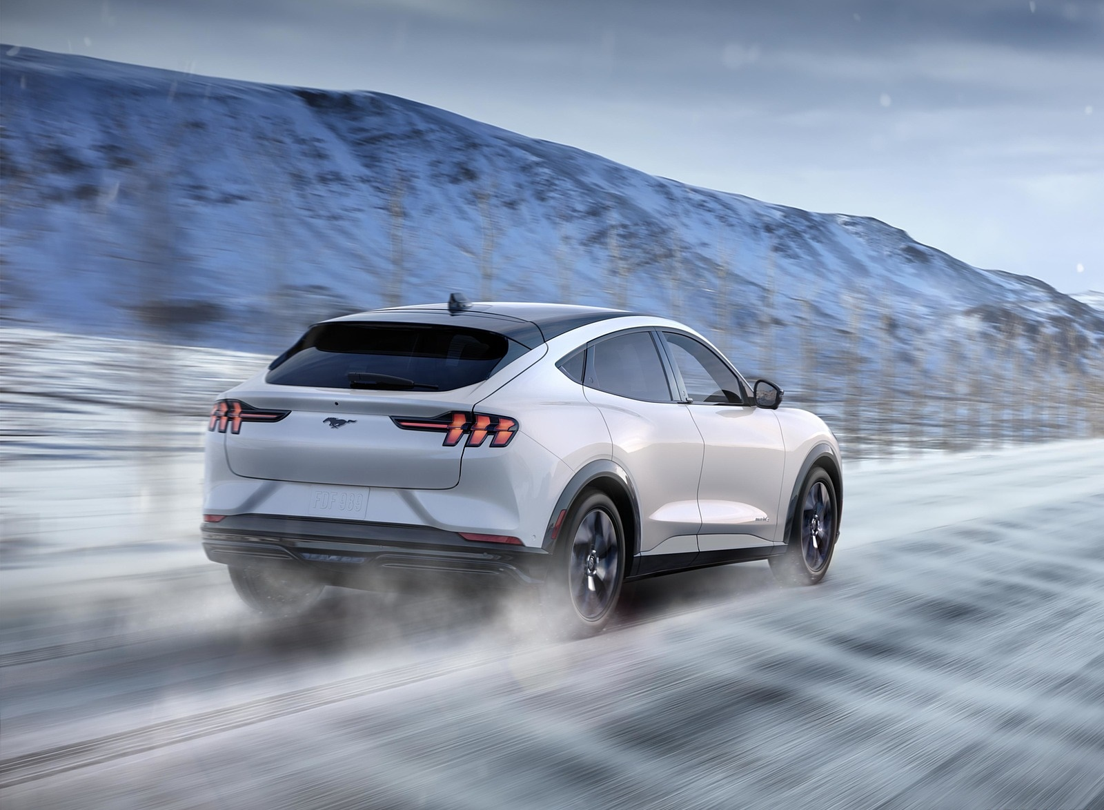 2021 Ford Mustang Mach-E Electric SUV Rear Three-Quarter Wallpapers (9)