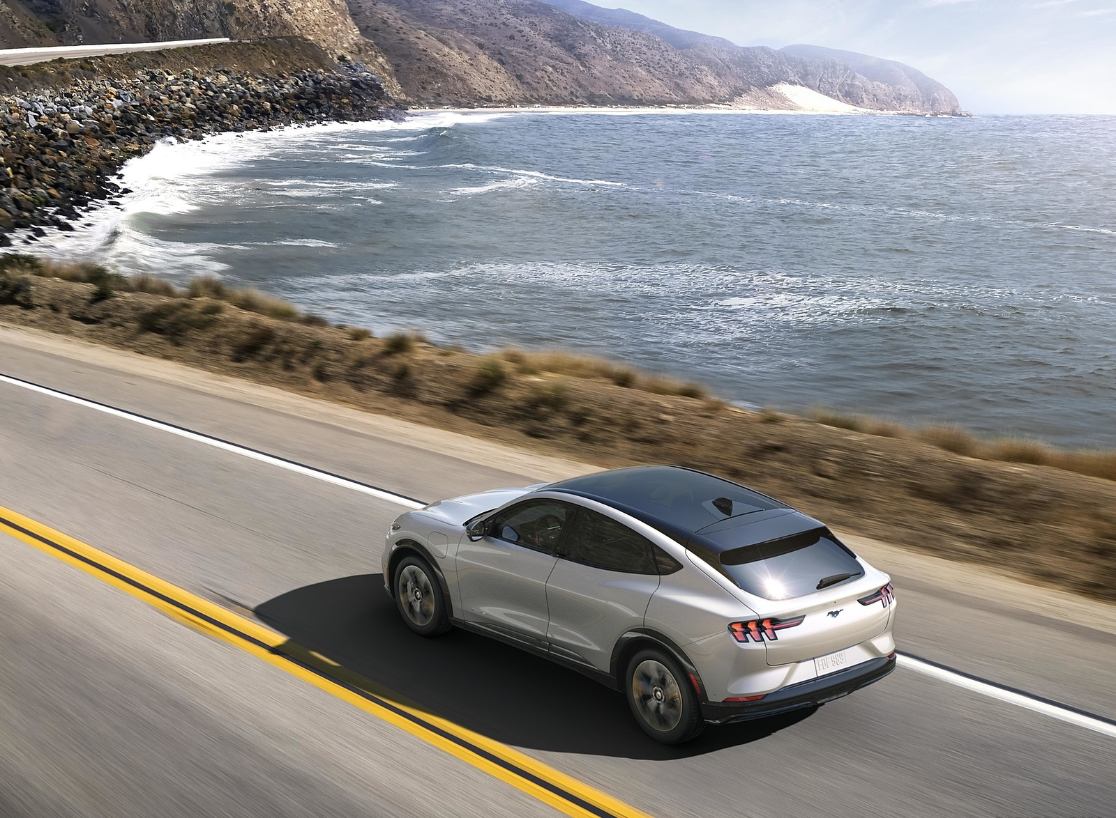 2021 Ford Mustang Mach-E Electric SUV Rear Three-Quarter Wallpapers (3)