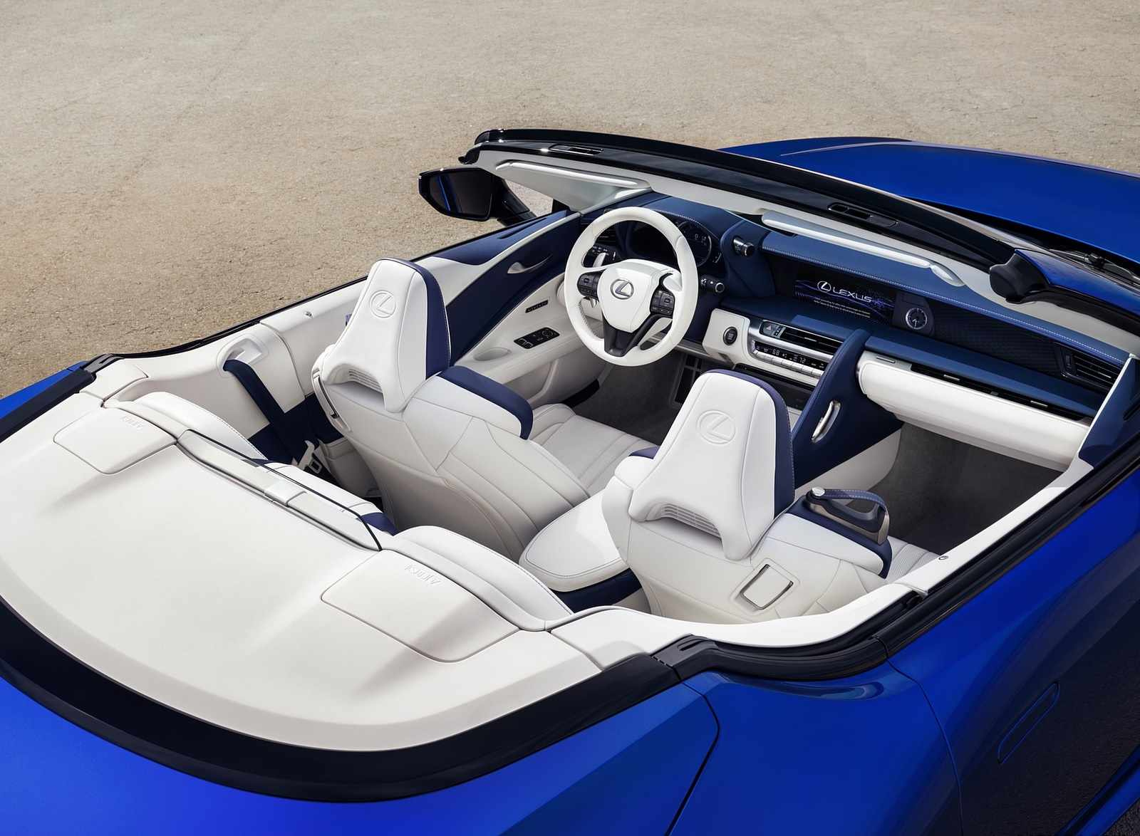 2021 Lexus LC 500 Convertible Interior Wallpapers (10)