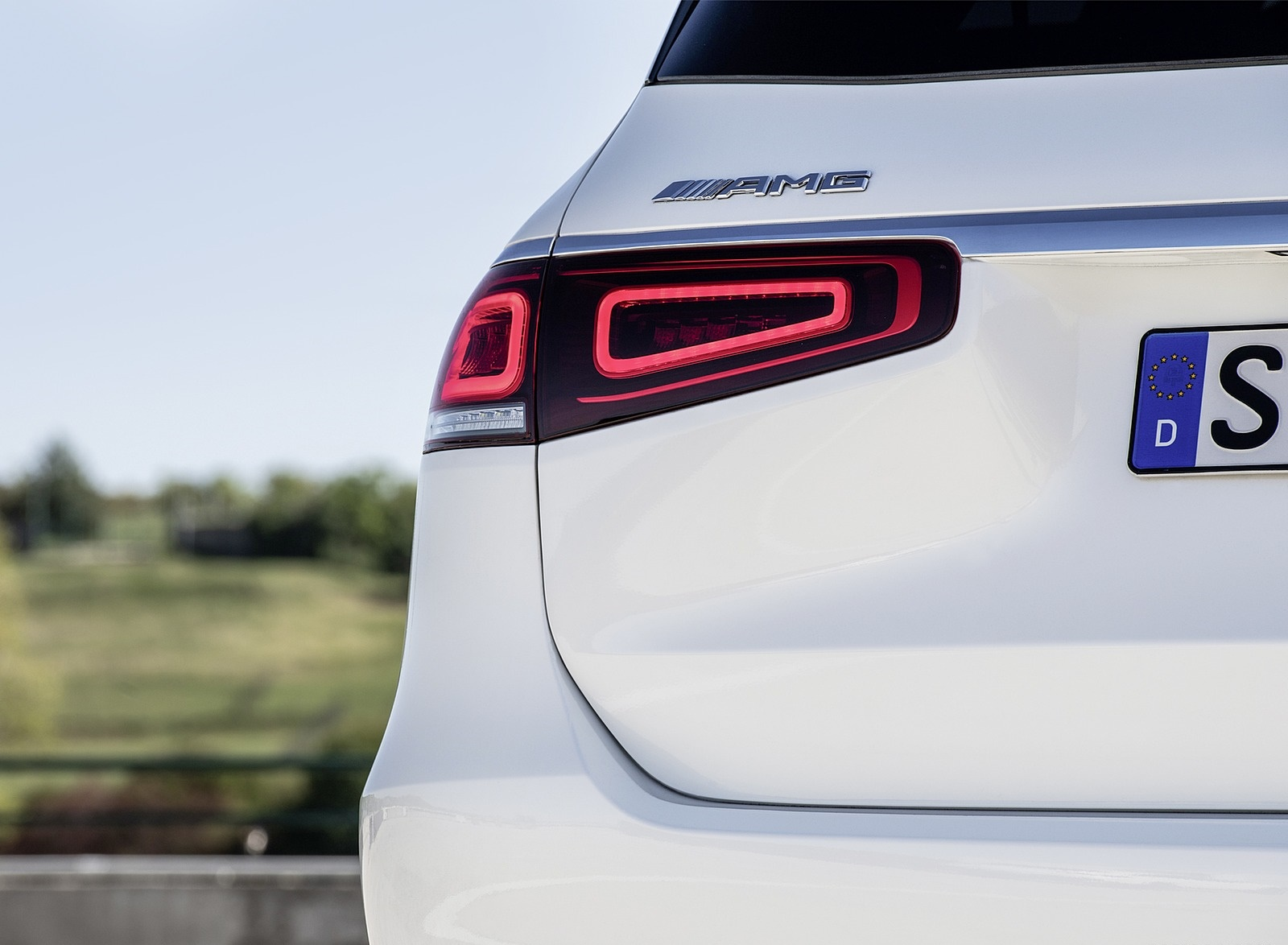 2021 Mercedes-AMG GLS 63 Tail Light Wallpapers (10)